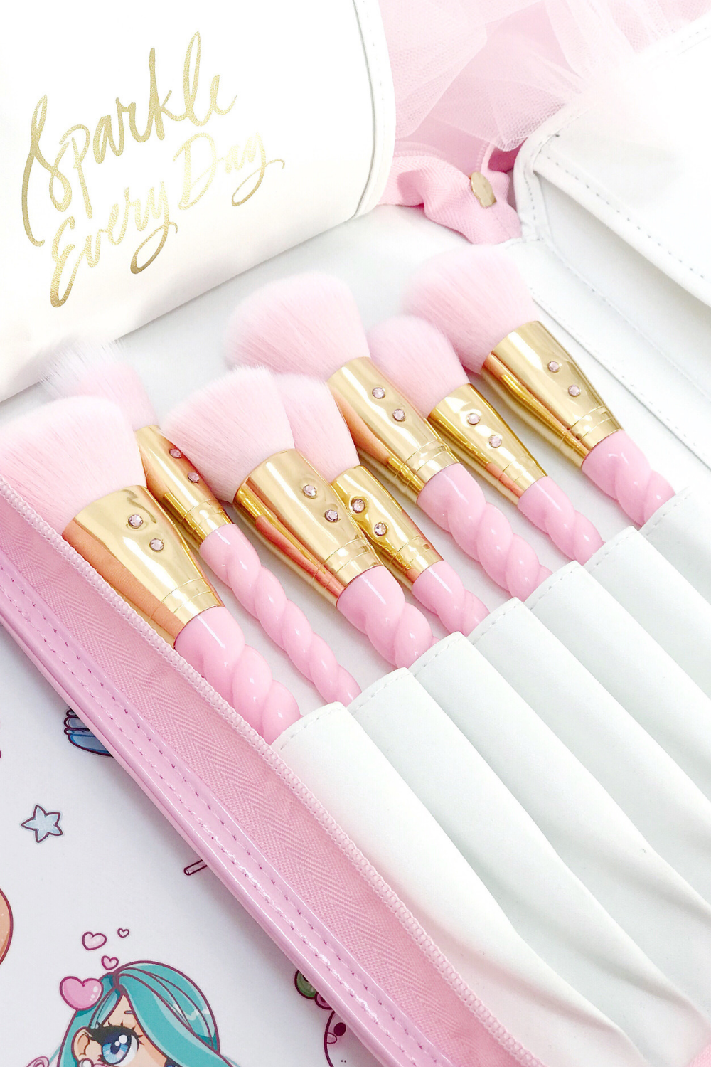 Think Pink & Sparkle Everyday: New Pink Princess Glam Brush Book
